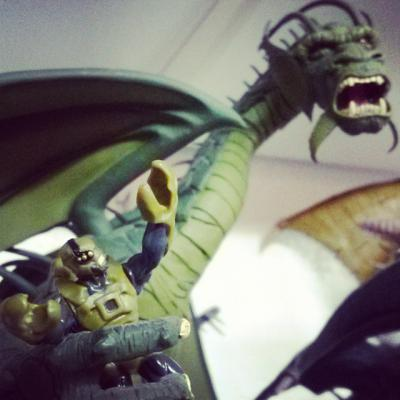 Rise of the Beasts army green scorpion vs Fin Fang Foom.jpg