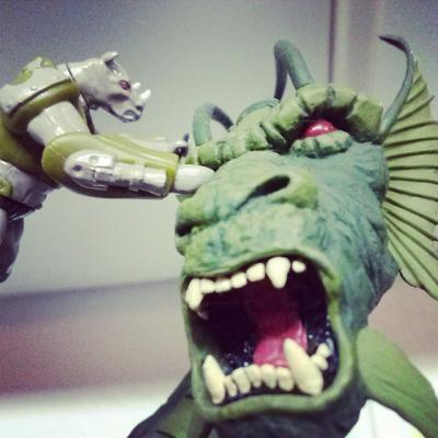 Rise of the Beasts Bal Kharn vs Fin Fang Foom.jpg